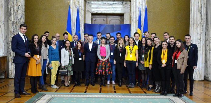 internship-guvernul-romaniei-studenti..