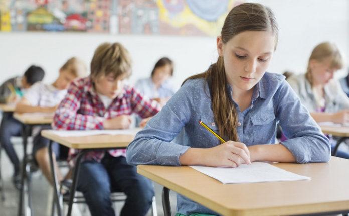 elevi-clasa-6-evaluare-nationala-auxiliare-evaluarea-auxiliarele